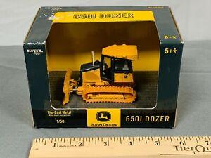 John Deere 650J Dozer Bulldozer Tractor 1:50 Scale NIB Ertl Diecast