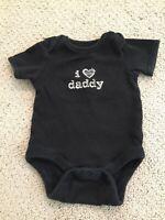 babyGap boy size 0-3 months black short sleeve one-piece with words I Love Daddy