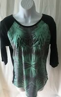 Hurley Brand Girls T-Shirt Size M 3/4 Sleeve Black & Green Color Round Neck.