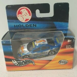 2001 Hot Wheels Holden Commodore  BLUE & WHITE Release 1:64