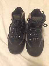 DENALI women's laced walking hiking shoes sneakers size 6.5