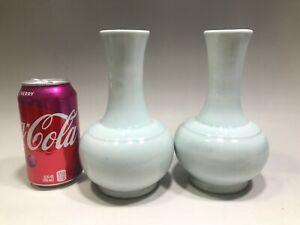 Light blue antique ceramic vase for export to Asia