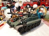 Lanard 1986 Military tank With 3 Action figures
