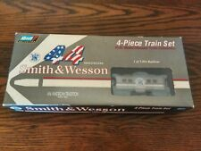 Revell 1996 - Smith & Wesson 44 Magnum HO Scale Diecast Train Collection