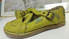"""Mustang  Womens Green Leather Soft Comfort shoes sz 37 """"CUTE"""""""