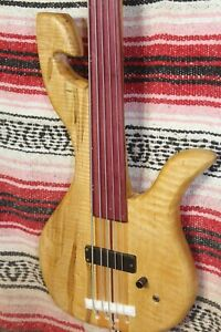 "Bass Fretless 5 String Curly Maple Claw Wishbass Reg. Scale 34"" Soapbar"
