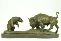 Buffalo vs Bear Bronze Lost Wax Figure Animal Battle Home Office Decor Hot Cast
