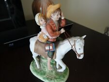Norman Rockwell Museum Off To School Figurine (8)