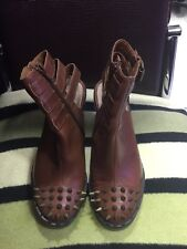 KURT GEIGER Women's Leather Studded Open Back Chunky Heel Shoes, Size 5. Superb
