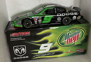 ACTION Die Cast 1:24 KASEY KAHNE #9 MOUNTAIN DEW 2005 CHARGER Brand New In Box