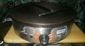 """Waring Commercial WSC160X 120V Electric 16"""" Crepe Maker with spreader"""