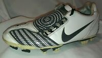 Nike Soccer Shoes Cleats Total 90 Shoot II Grass 318887 WHITE BLACK Mens 6.5 39