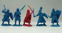 Crusaders - medival knights Plastic 5 figures Toy exclusive soldiers