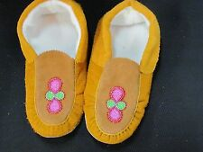 NATIVE AMERICAN BEADED MOCCASINS 10 1/2 INCHES GREEN PINK FLORET STUNNING VAMP