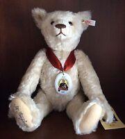 Margarete Steiff Jubilee Bear White EAN 670152 40cm LE 3,999 1997 Signed MINT