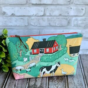 Swedish Red Cottage Countryside Zipper Pouch Makeup Bag Cosmetic Case Catch All