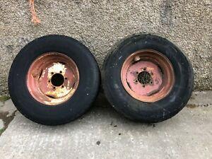 #B1119 Pair of 6-stud super single wheels & tyres. Spreader / Tanker / Trailer