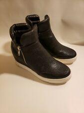 Steve Madden Women's Linqsp Fashion Sneaker Black White Soles Size 8.5 B Style