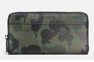 COACH Gary Baseman Green Camo Pebbled Leather Wallet LTD Edition Zip Around Acco