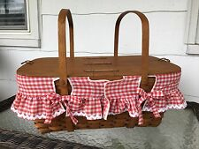 Vintage 1986 Longaberger Family Picnic Basket