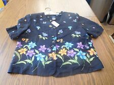 Women's Black with Floral Print Size 10 Blouse--Panther Brand--100% Rayon-NEW  X