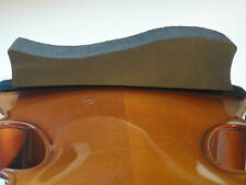 The HAN Shoulder Rest-Violin & Viola-1/4-1/2 Sponge/Foam