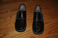 Womens NATURALIZER Brown Patent Leather Oxford Shoes Size 7 M
