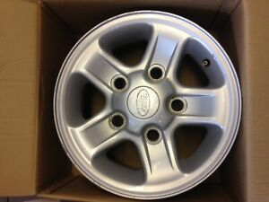 """1 X LAND ROVER DEFENDER COUNTY  90 110  16"""" X 7"""" SILVER BOOST ALLOY WHEEL USED"""