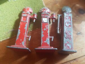 3 Vintage Britain's/Dinky/Timpo Die-Cast Petrol Pumps Shell