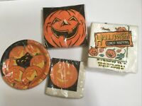 Mixed Lot Vtg Halloween Paper Plates & Paper Napkins Unused