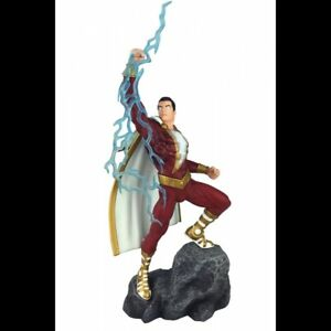 -= ] DIAMOND - DC GALLERY SHAZAM COMIC FIGURE [ =-