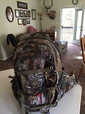 BADLANDS SUPERDAY PACK BACKPACK CAMO REALTREE XTRA HUNTING CAMP HIKING BADLAND