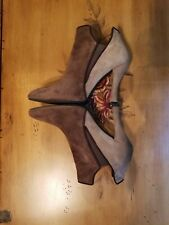 Stuart Weitzman Suede Ankle Boots Sz. 8.5M Beige/Brown