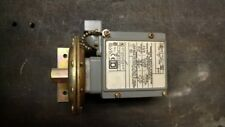 New Square D Pressure Switch Interruptor Class 9012 Type GDW-21 Series C
