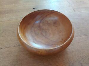 Vintage Wooden Large Fruit Salad Bowl. 24cm diameter.