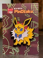 2x PIKACHU /& MICKEY MOUSE as THOR /& THANOS MARVEL CROSSOVER GLITTER PIN SET