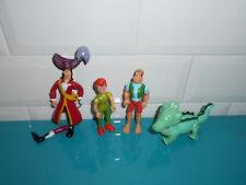 17111911 Lot 4 Figurines Peter Pan Pirates crochet tictac Disney heroes Famosa