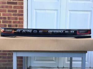 Range Rover Velar Mk1 L560 (2017-2020) Tailgate Lamp Panel LR093450