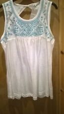 "Ladies New White/Blue Embroidery Summer Cotton Top From ""GEORGE"" Size;16."