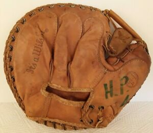 Vintage Leather Baseball Glove It's A Wilson Left Hand Catchers Mitt RHT A9876