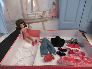 TONNER 8IN TINY BETSY McCALL ROUND UP GIFT SET CONVENTION COWGIRL RED BLACK NEW!