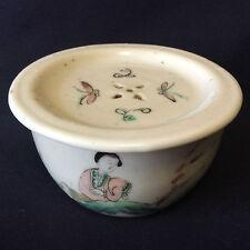 Chine boite à grillon porcelaine peinte personnage fin XIXème début XXème