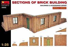 MIN35552 - Miniart 1:35 - Brick Building Sections