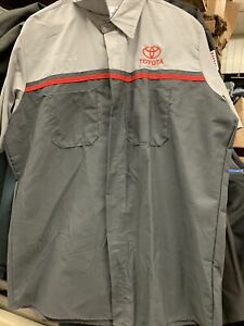 NWOT TOYOTA Mechanic Shirt RED KAP LARGE L Dealership Short Sleeve Free Shipping