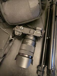sony alpha a6400 mirrorless camera kit (barely used)