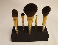 QUE MAKEUP brushes set from Shoppers Drug Mart GOLD Christmas limited edition