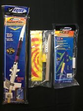3 Kit Lot Flying Model Rockets - Estes Photon Probe, Estes Hex 3, Pitsco Synergy