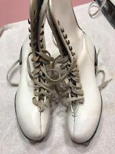 Womens Ice Figure Skates White Size 7 Rare Vintage Ships N 24h