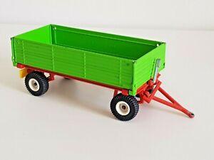 Siku 2551 Zweiachs-Anhänger grün