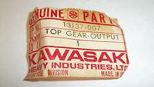 Kawasaki OEM NOS output shaft top gear 13137-007 A1 Samurai A7 Avenger  #4801